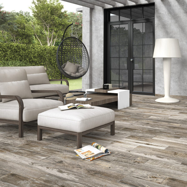 azulejos-coleccion-hardwood-greyed-ambiente